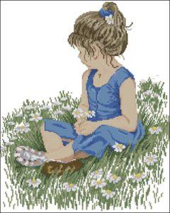 Девочка собирает ромашки