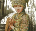 Восточная девушка в национальной одежде
