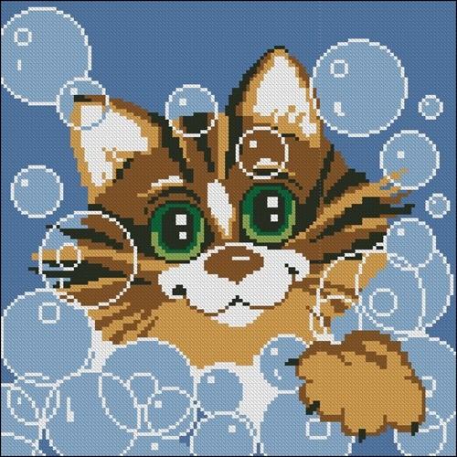 Кот и мыльные пузыри