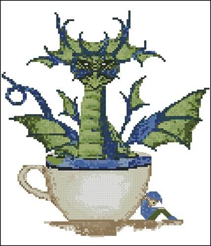 Зеленый дракон в чашке