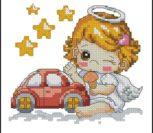 Ангелочек девочка и авто