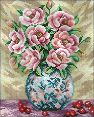 Розы в разрисованной вазе