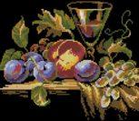 Натюрморт с персиком, сливами и виноградом