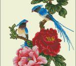 Экзотические птицы на ветке с цветами