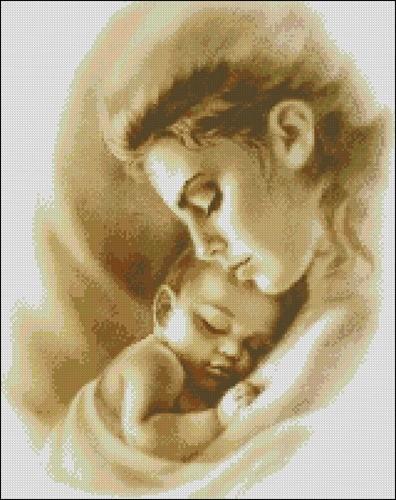 Мать с младенцем в монохроме