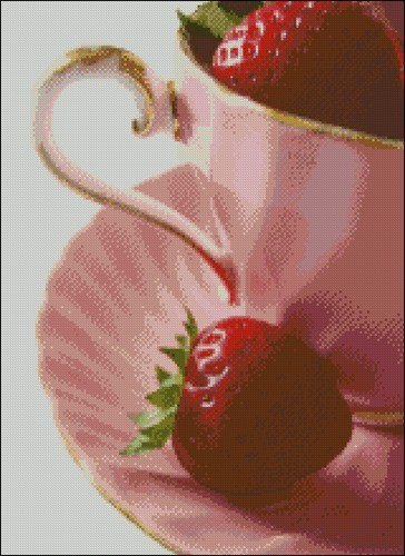 Клубника в чашке