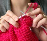 Учимся вязать спицами и крючком – ВИДЕО уроки для начинающих!