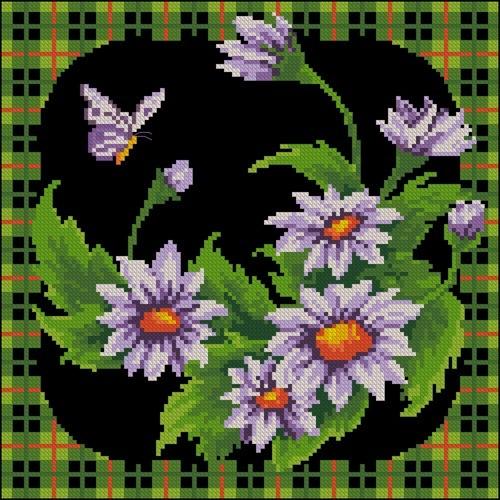 Подушка с бабочкой и ромашками