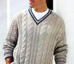 Мужской пуловер цвета льна с V-образным вырезом