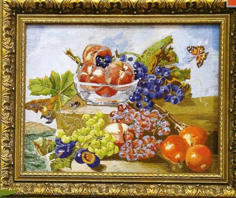 Натюрморт со спелыми фруктами вышивка гладью