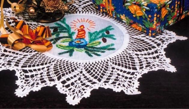 Новогодняя салфетка вышивка гладью