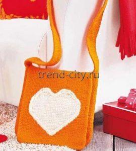 Свалянная сумка крючком с сердечком